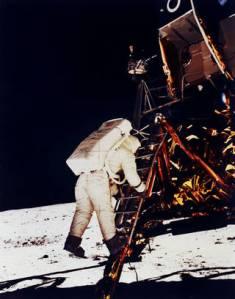 00 moon landing